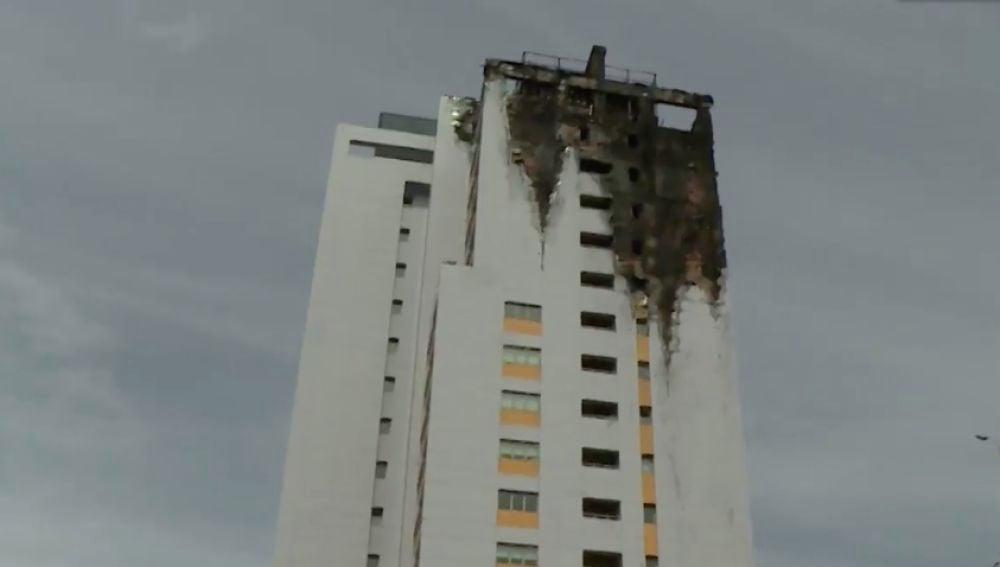 Así ha quedado el edificio incendiado en Madrid