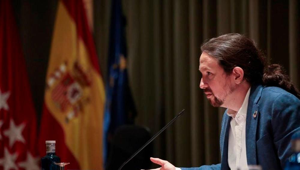 Iglesias contradice a la portavoz del gobierno sobre bajas laborales a padres con niños en cuarentena