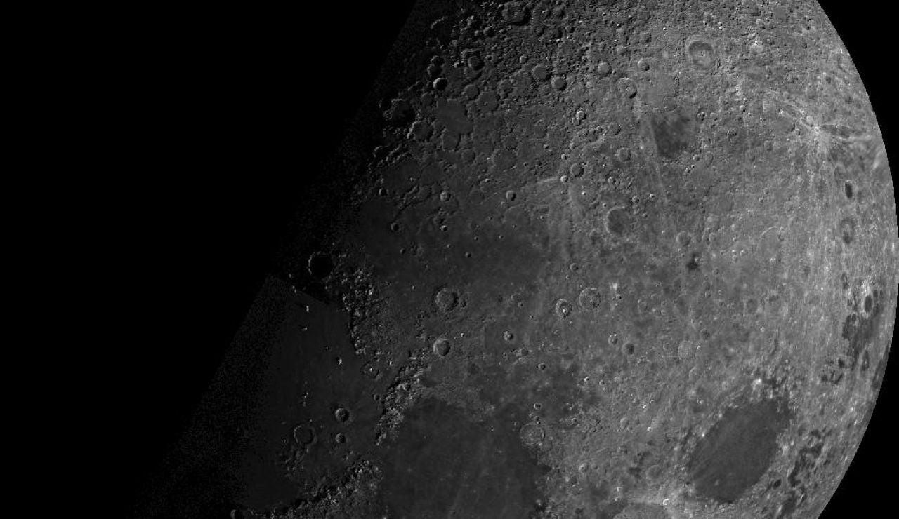 Ya se sabe por qué la luna se oxida