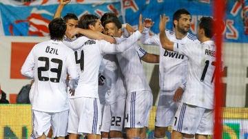 Un exjugador del Real Madrid, acusado de posesión y distribución de pornografía infantil