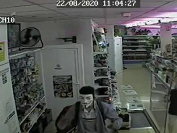 Los Mossos detienen a un hombre que atracó una tienda de Martorell (Barcelona) por su peculiar forma de andar