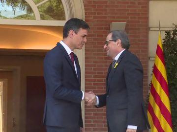 """Pedro Sánchez y Quim Torra acuerdan volver a reunir """"en los próximos días"""" la mesa de diálogo"""