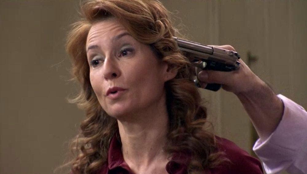 Rai ha secuestrado a Herminia y está dispuesto a matarla si no acceden a su petición