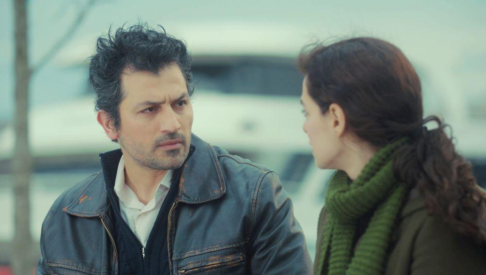 """El doloroso desengaño de Arif con Bahar: """"Sigues enamorada de Sarp"""""""