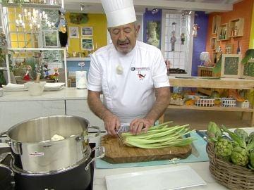 Karlos Arguiñano nos enseña su mejor técnica para lavar una borraja a la perfección