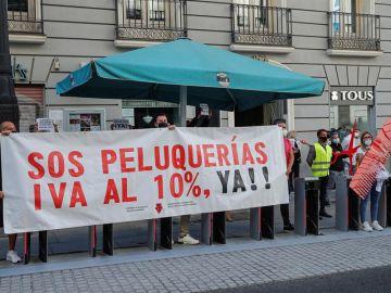 Peluquerías piden bajar el IVA