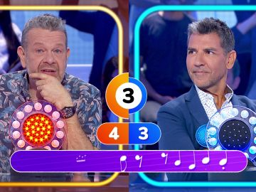 """""""Somos muy paquetes"""", Alberto Chicote y Paco Roncero muestran su gran debilidad con la música en 'Pasapalabra'"""