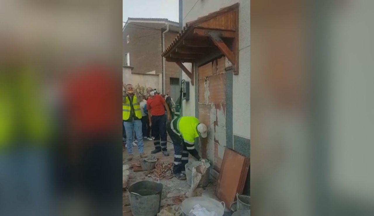 Los vecinos de Renedo de Esgueva consiguen desokupar una vivienda tras un año