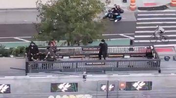 Bad Bunny ofrece por sorpresa un concierto en directo por las calles de Nueva York