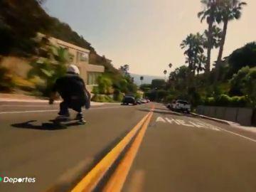 Downhill skate, la arriesgada modalidad en las descienden carreteras a más de 100 km/h