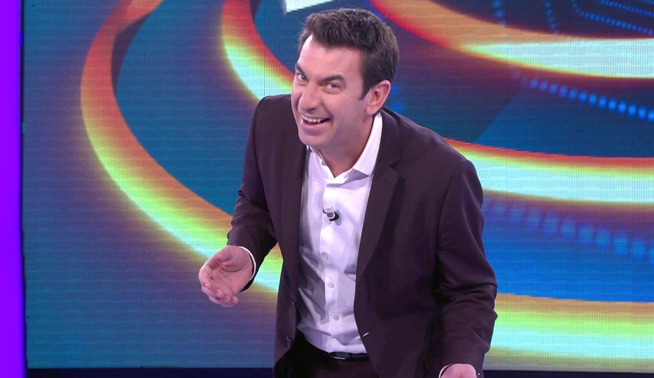 Arturo Valls desvela la sorprendente visita nocturna que hace feliz al público de '¡Ahora caigo!'