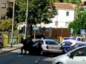 Embiste a un coche de la Policía Nacional tras una persecución a toda velocidad por Antequera