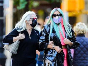 Lady Gaga y su madre Cynthia Germanotta