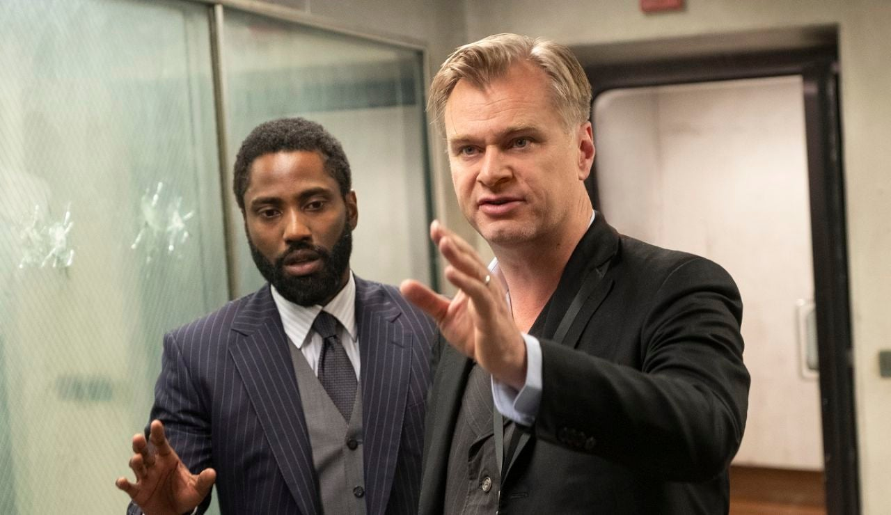 John David Washington y Christopher Nolan en el rodaje de 'Tenet'