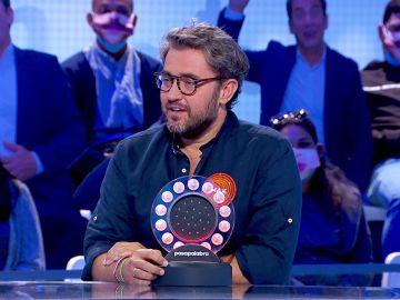 """Màxim Huerta desata las risas con su contestación a la llamada de atención de Roberto Leal: """"Ya me han echado muchas veces"""""""