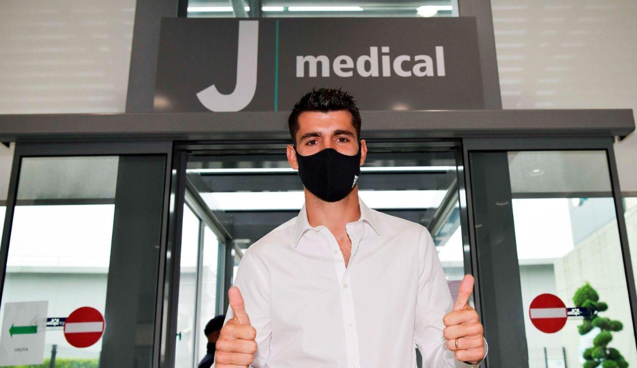 Álvaro Morata pasa reconocimiento médico con la Juventus de Turín