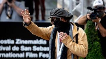 Johnny Depp, muy protegido a su llegada al Festival de Cine de San Sebastián
