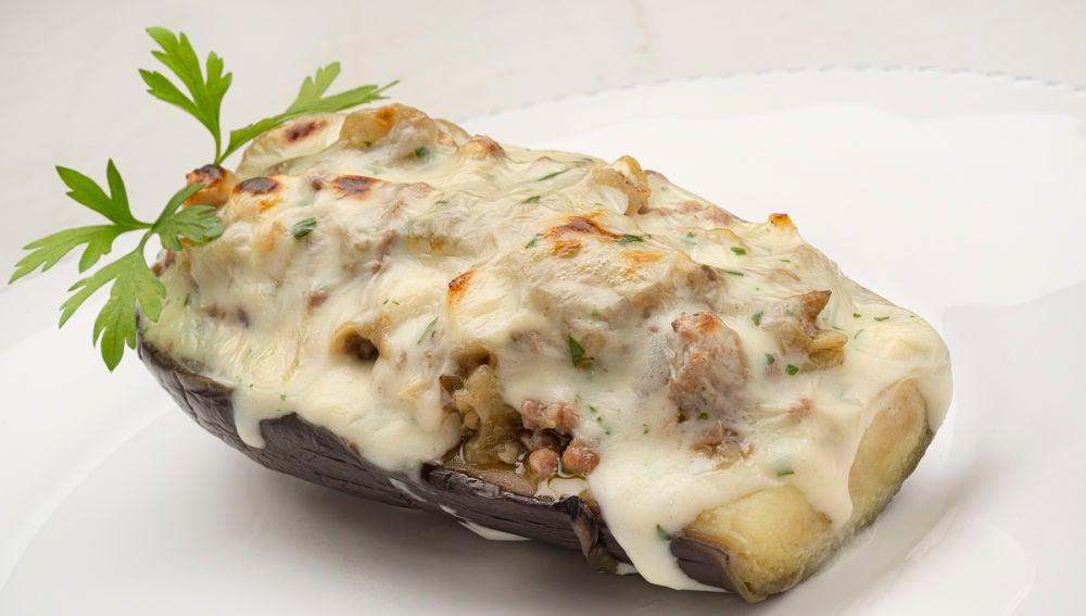 La auténtica receta de berenjenas rellenas de carne y queso, de Karlos Arguiñano