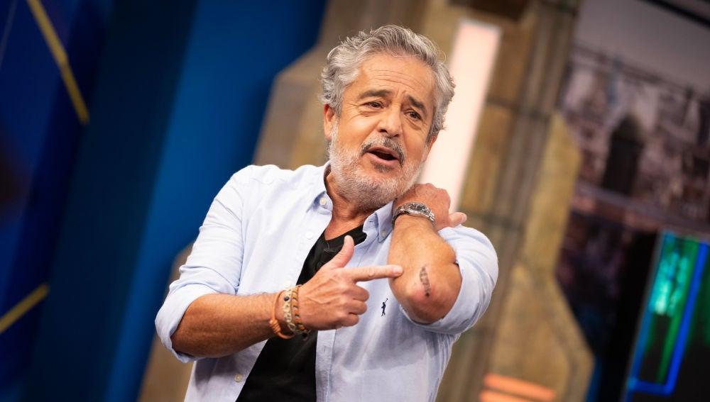 """""""Eres un bocas"""": Carlos Iglesias llora a Pablo Motos para que le fiche en 'El Hormiguero 3.0'"""