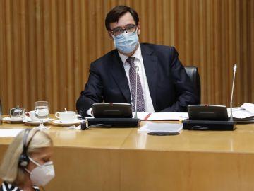 l ministro de Sanidad, Salvador Illa, comparece ante la Comisión correspondiente del Congreso.