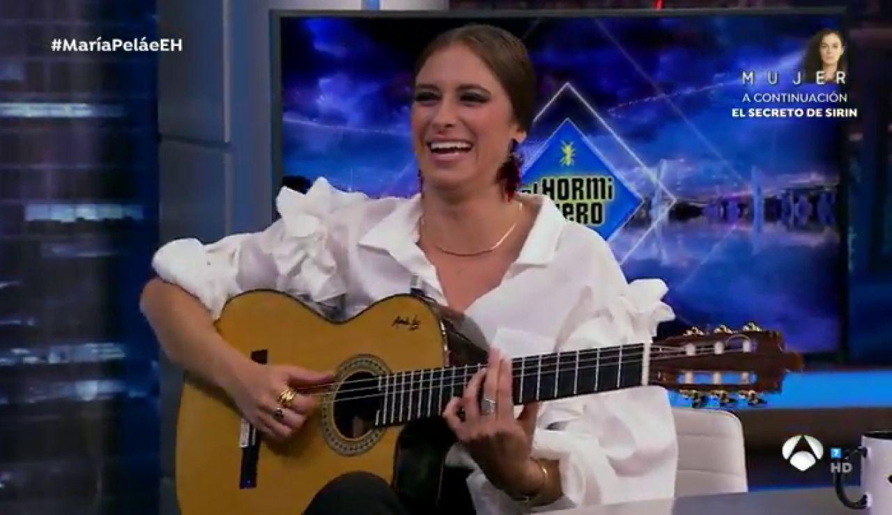 María Peláe sorprende en 'El Hormiguero 3.0' al son de 'Cómo me la maravillaría yo'