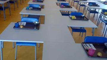 Colocación de mesas en comedores escolares de Portugal por el coronavirus