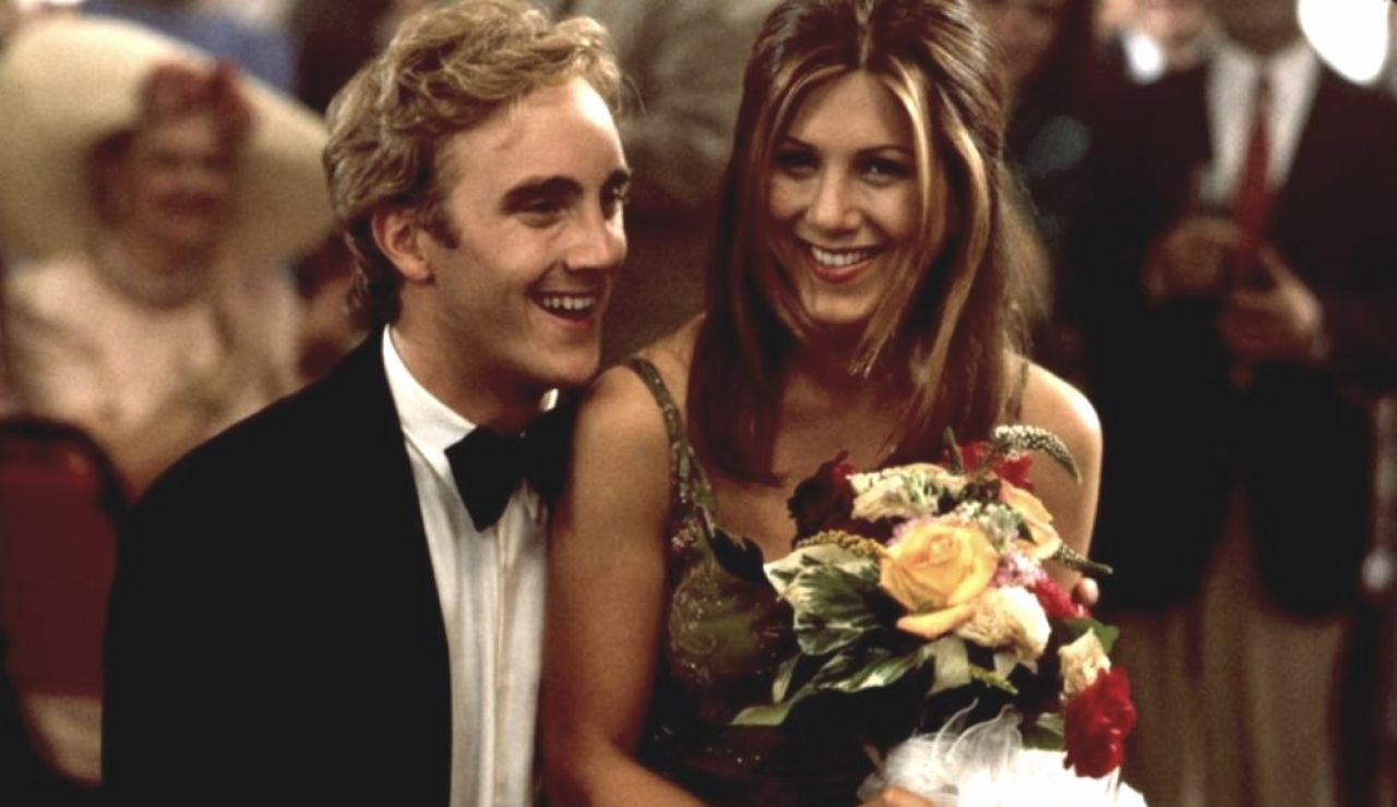 Jay Mohr y Jennifer Aniston en 'Picture Perfect'