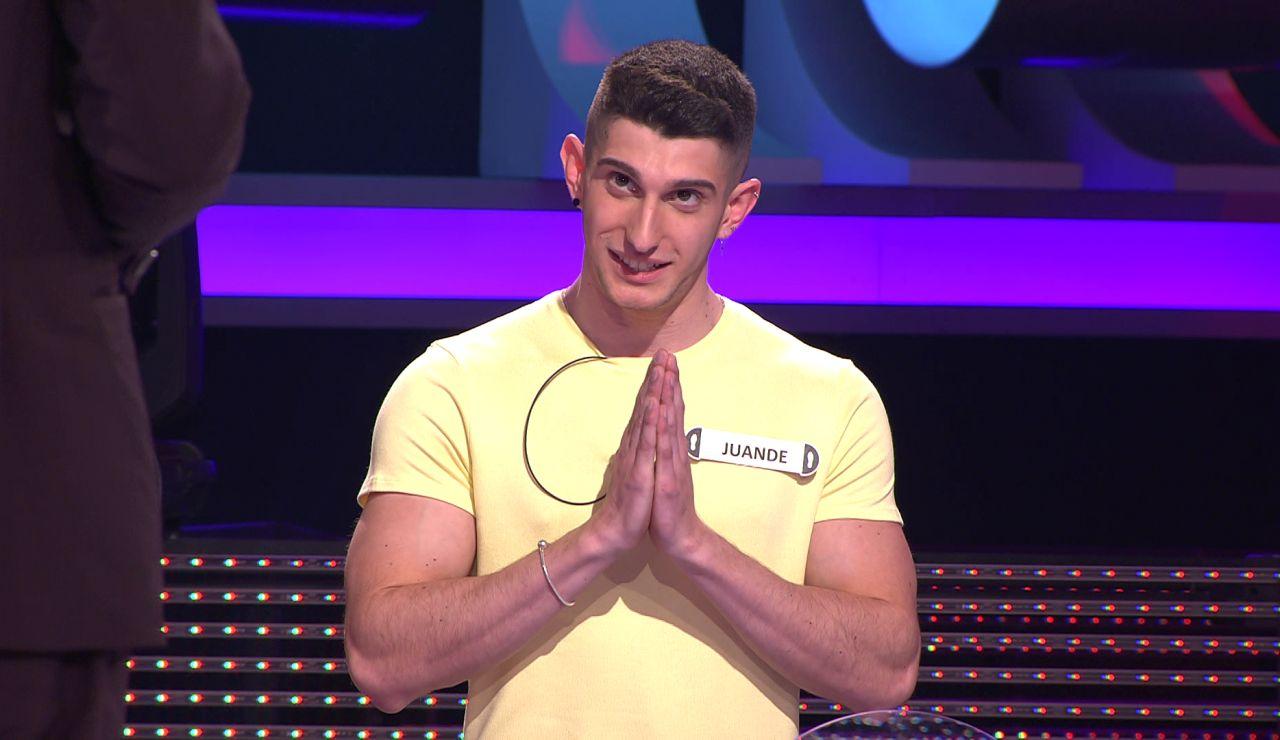 El increíble favor que un concursante de '¡Ahora caigo!' le pide a Arturo Valls para conseguir más nota en una asignatura
