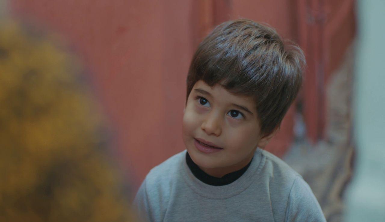 El tierno enamoramiento de Doruk: su amor infantil por Ceyda