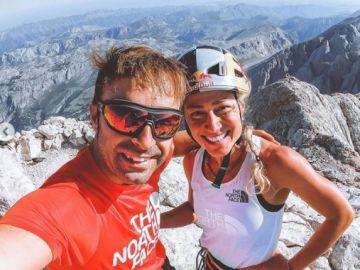 La ultrarunner Fernanda Maciel y el escalador Eneko Pou, una asociación de récord en Picos de Europa