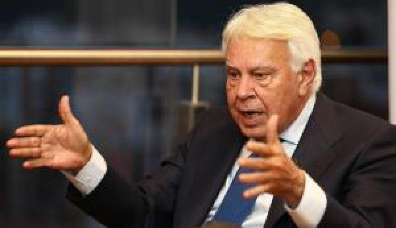 Felipe González critica a Pedro Sánchez