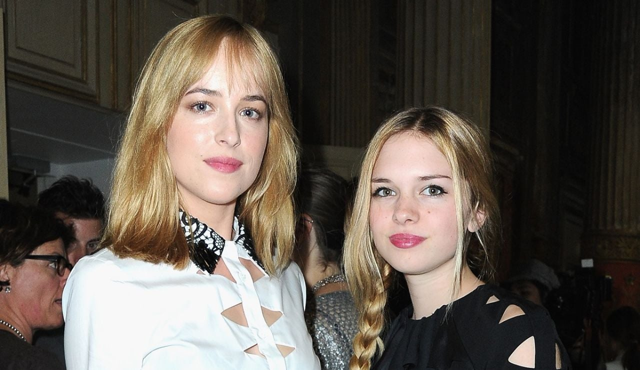 Las hermanas Dakota Johnson y Stella del Carmen Banderas