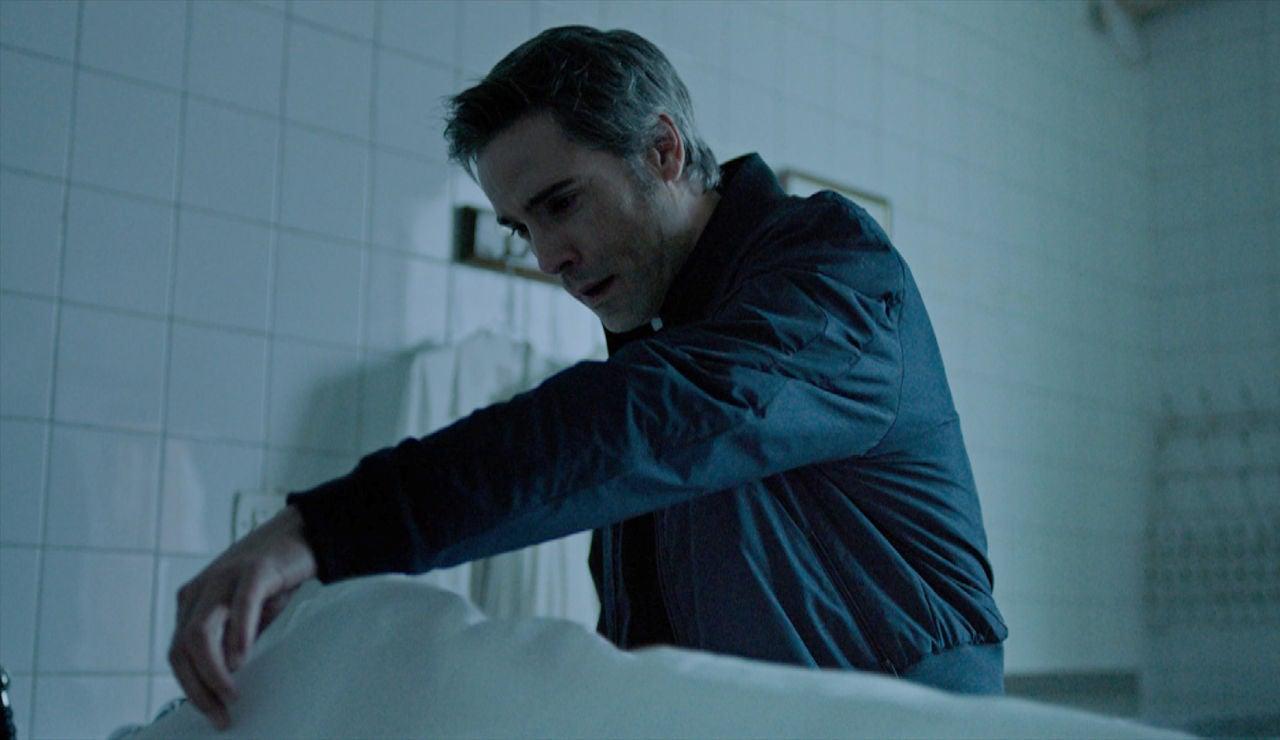 Julia y Hugo asaltan el CIM: ¿Han dado con el cadáver de Marta?
