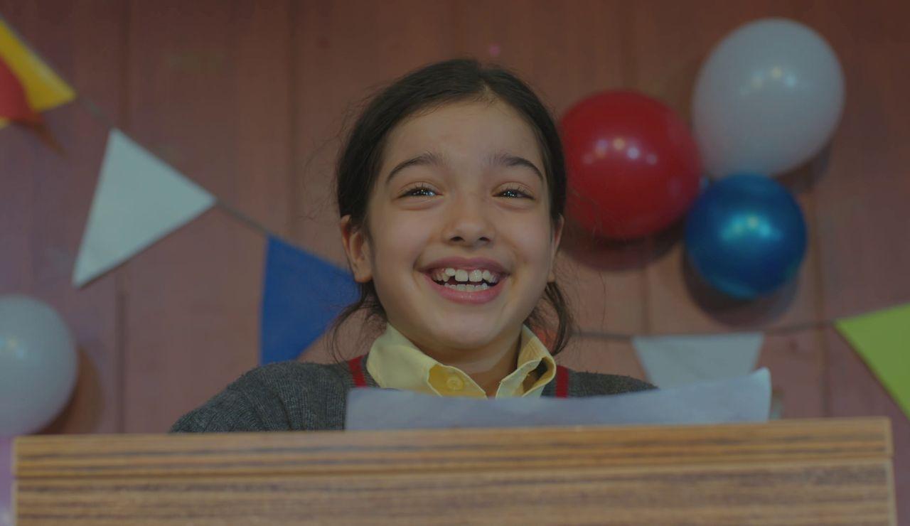 El precioso discurso de Nisan titulado: 'Las madres tienen que sonreír'