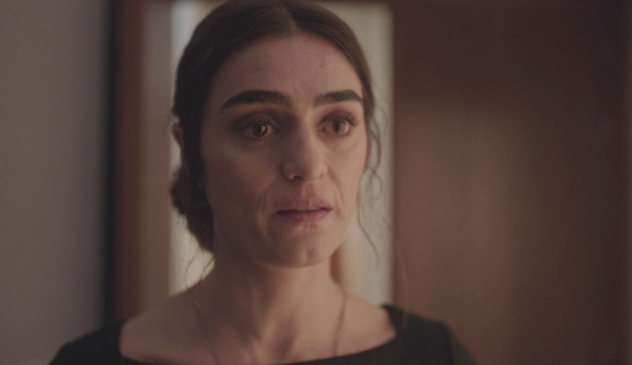 "Julia le planta cara a Alma sin miedo: ""No somos como usted"""