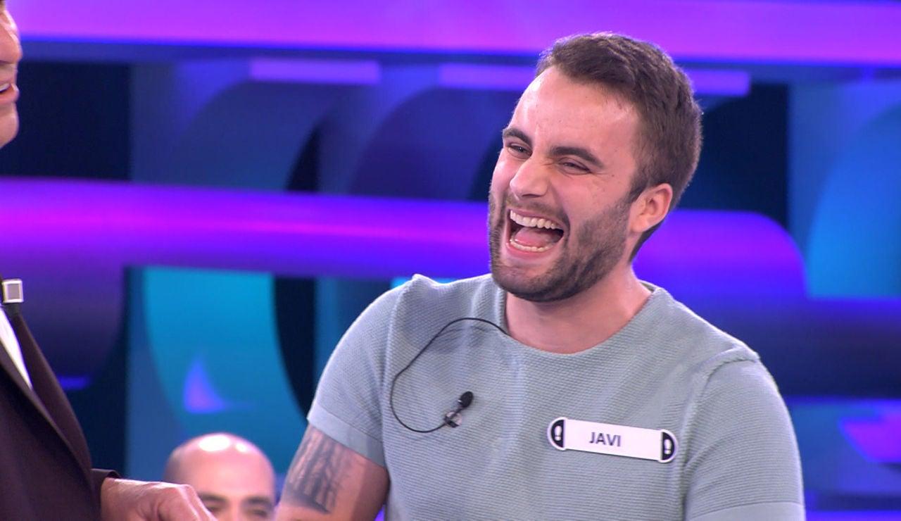 El divertido duelo de chistes químicos entre Arturo Valls y Javi en '¡Ahora caigo!'