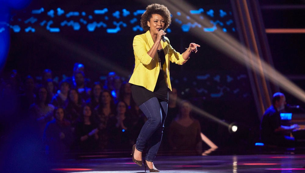 Renata da Silva, mucho ritmo con 'I'm every woman' de Whitney Houston en las Audiciones a ciegas de 'La Voz'