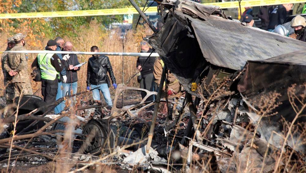 Mueren 22 personas en un accidente de un avión militar en Ucrania