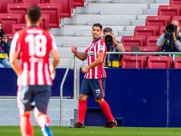 Suárez celebra un gol ante el Granada