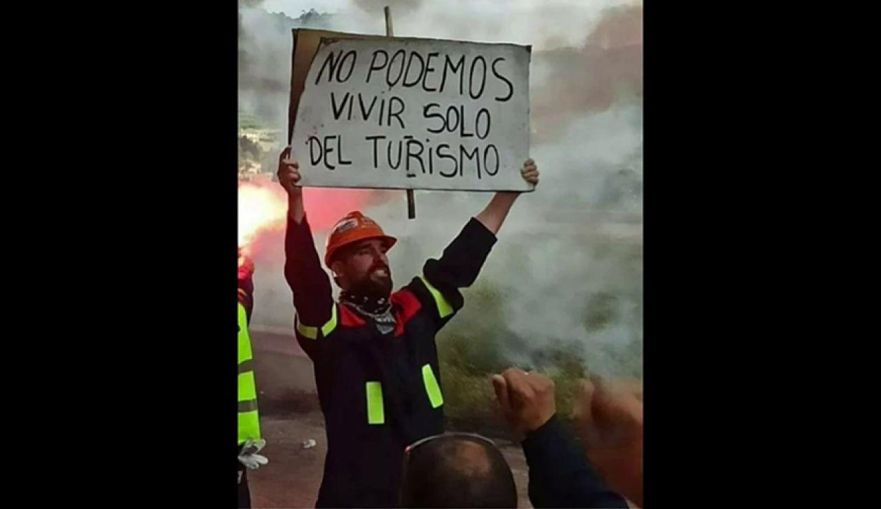 Los trabajadores de Alcoa vuelven a echarse a la calle a pocas horas de que se decida su futuro