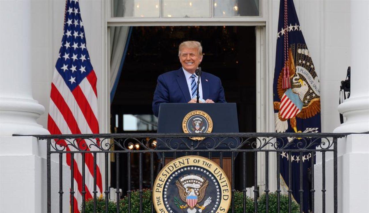 """Donald Trump recibe el alta tras contagiarse de coronavirus: """"Ya no se considera un riesgo de transmisión para otros"""""""