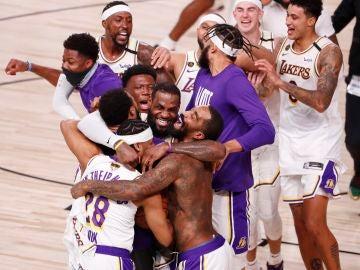 Los Lakers, campeones de la NBA tras arrollar a Miami Heat con un gran LeBron James