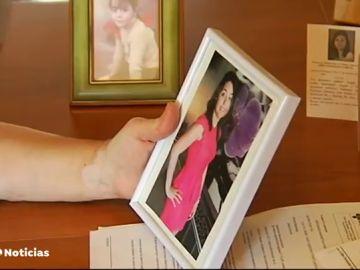 """La dura historia de Lidia, una joven burgalesa que murió de cáncer sin recibir tratamiento: """"Los pruebas llegaron cuando ya había muerto"""""""