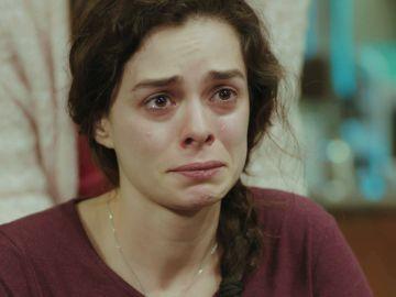 """""""¿Por qué ella?"""": Bahar pasa de tocar el cielo a la desesperación al ver su vida en manos de Sirin"""