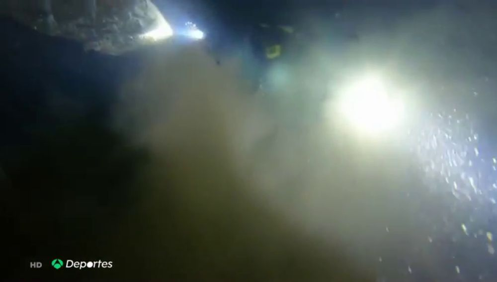 """Una submarinista muere ahogada mientras exploraba un barco hundido en Las Palmas: """"Lograron salir tres y ella quedó dentro"""""""