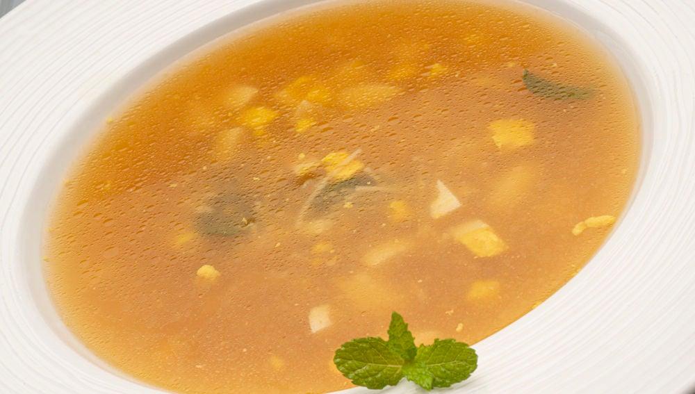 Receta de sopa a la hierbabuena, de Karlos Arguiñano
