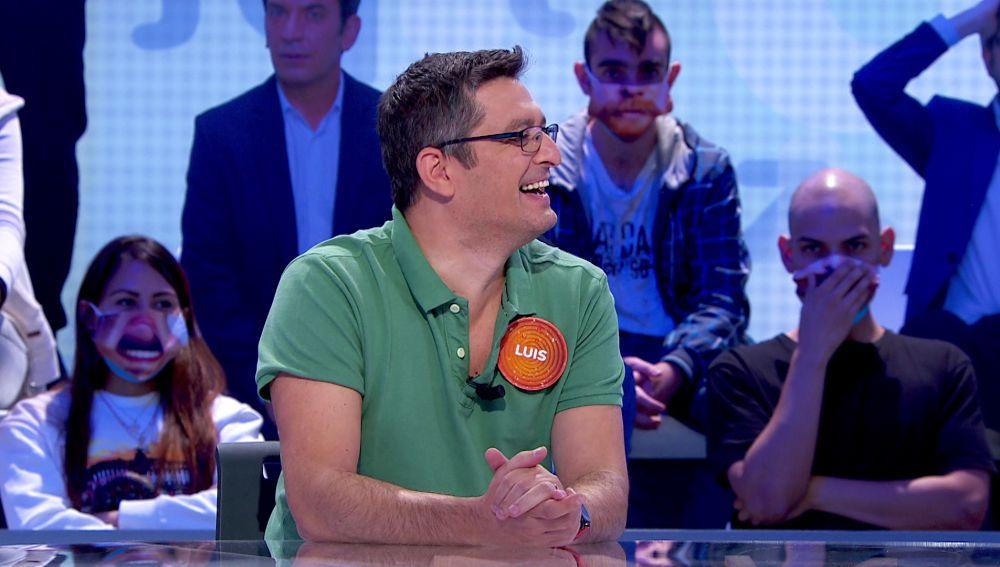 Luis celebra su segundo día consecutivo en el equipo naranja con una broma de Roberto Leal incluida