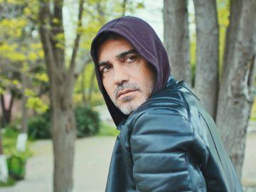 Avance de 'Mujer': Sarp busca respuestas de Sirin sin saber que ha sido secuestrada