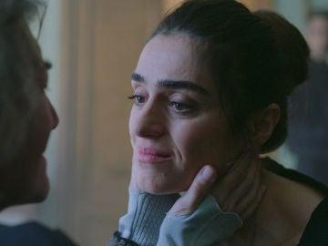"""Julia, reconocida ante la madre de Carlos: """"Yo sé que tú eres Julia"""""""