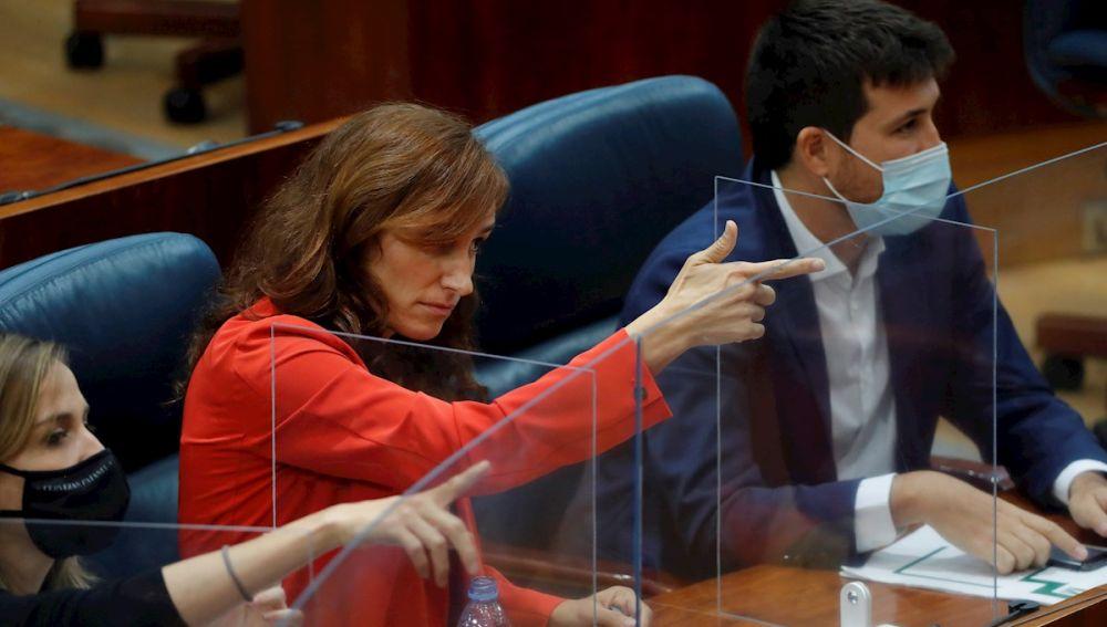 El gesto polémico que ha hecho la diputada de Más Madrid, Mónica García